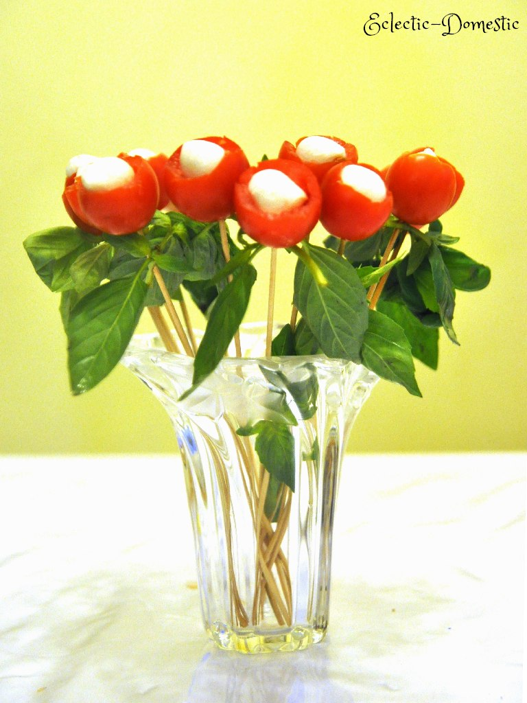 ED bouquet e3 From the heart ... to the heart (Tomato and mozzarella bouquet appetizer)