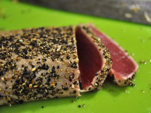 ED tuna 1 300x225 Lemon pepper seared tuna sashimi